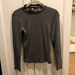 Free People Tops - FREE PEOPLE new turtle neck top
